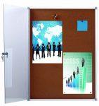 Office Cork Display 4xA/4 beltéri zárható parafa vitrin